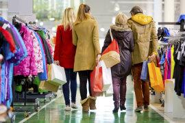 Natale 2018: Confesercenti SWG, ritorno alla bottega? Cresce l'appeal dei piccoli negozi