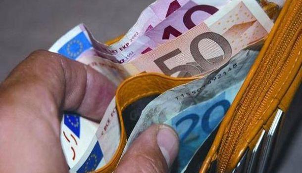 Fisco, Confesercenti, taglio temporaneo dell'Iva il più efficace per far ripartire i consumi in emergenza
