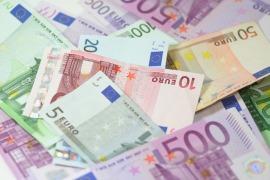 La pandemia taglia i redditi degli italiani, -1650 euro a famiglia